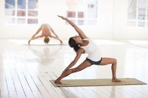 Trois exercices pour pratiquer une remise en forme à la maison